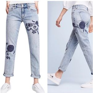 Anthro Pilcro & LP Hyphen Floral Embroidered Jeans